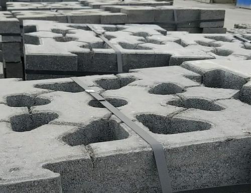 生态铰链式A型护坡砖